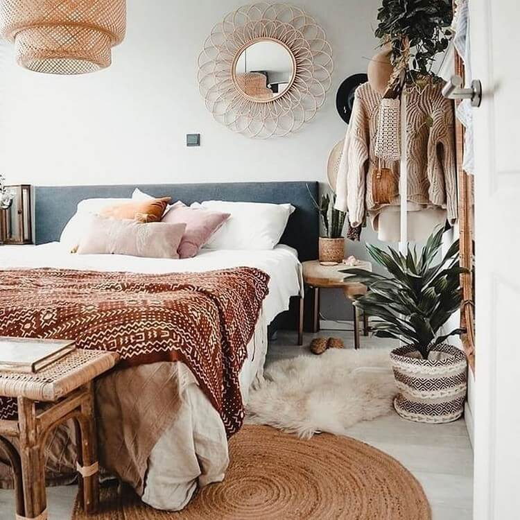 Bohemian Bedroom Decor (21)