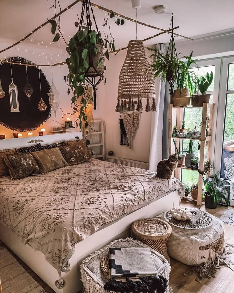 Bohemian Bedroom Decor (33)
