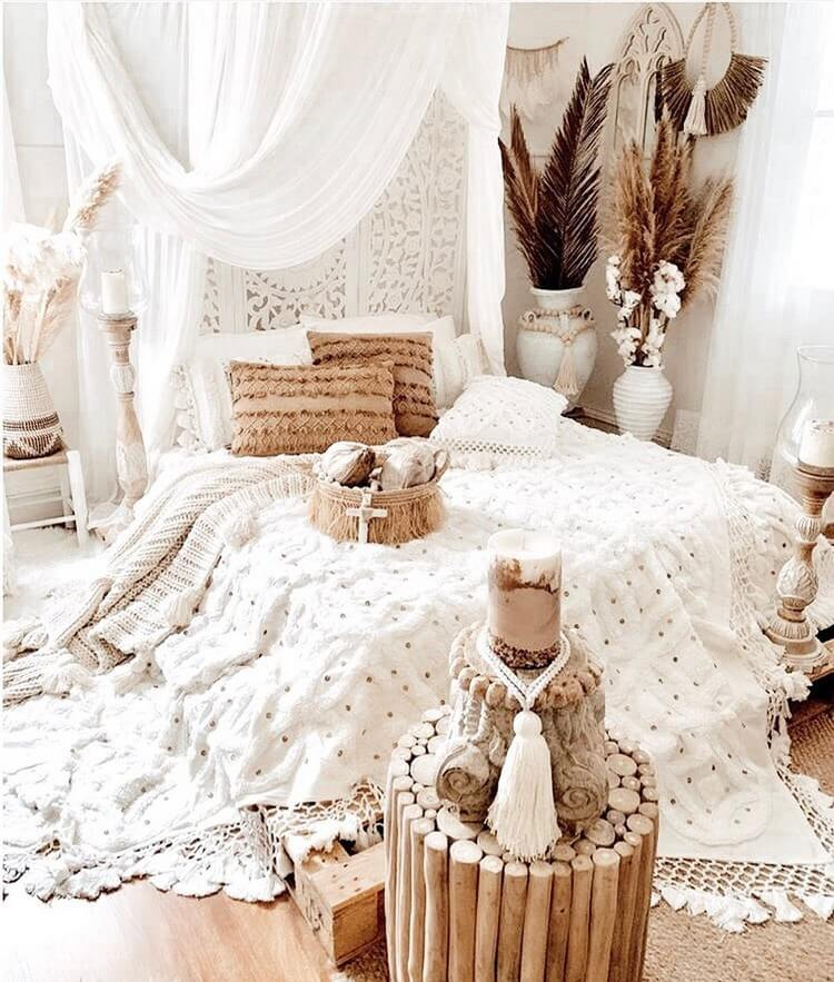 Bohemian Bedroom Decor (35)