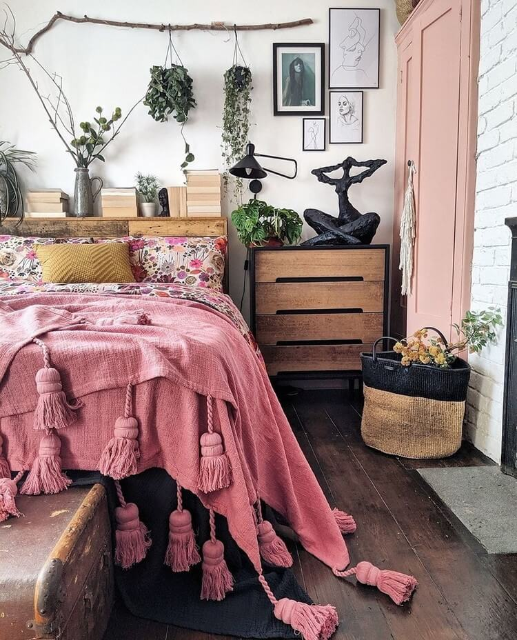Bohemian Bedroom Decor (46)