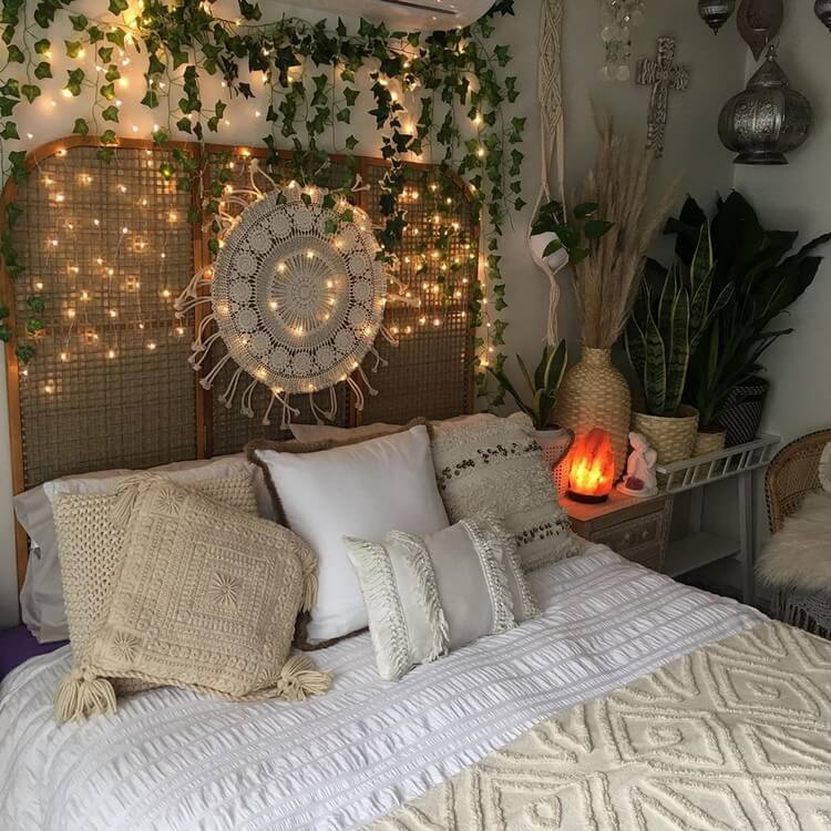 Bohemian Bedroom Decor (6)