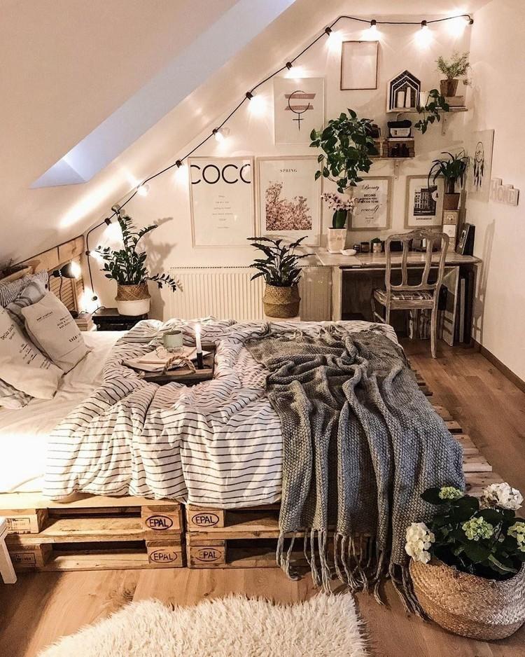 Bohemian Bedroom Decor Design (14)