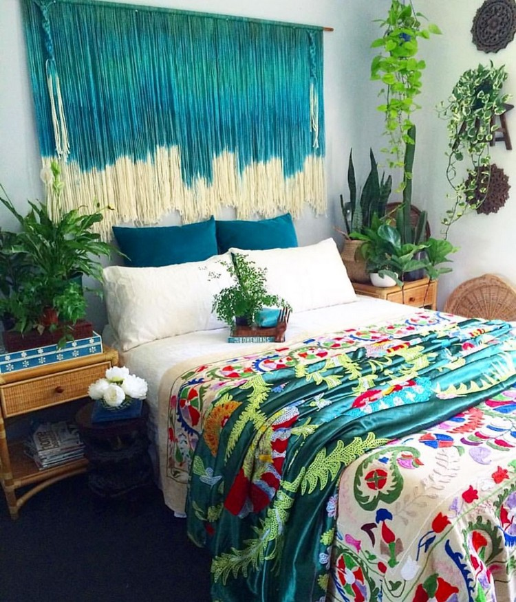 Bohemian Bedroom Decorating (1)