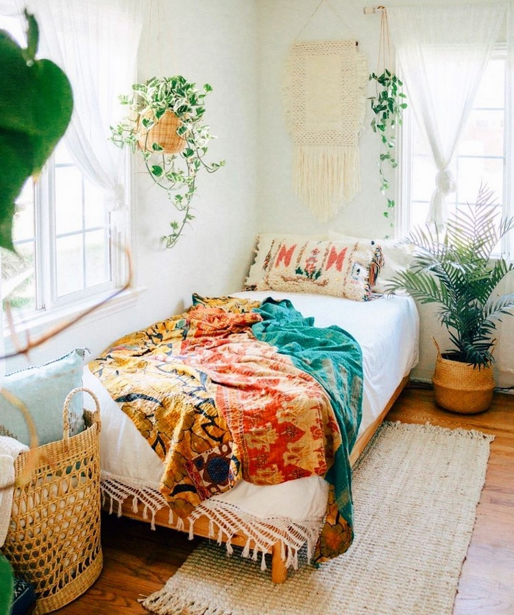Bohemian Bedroom Decorating (25)