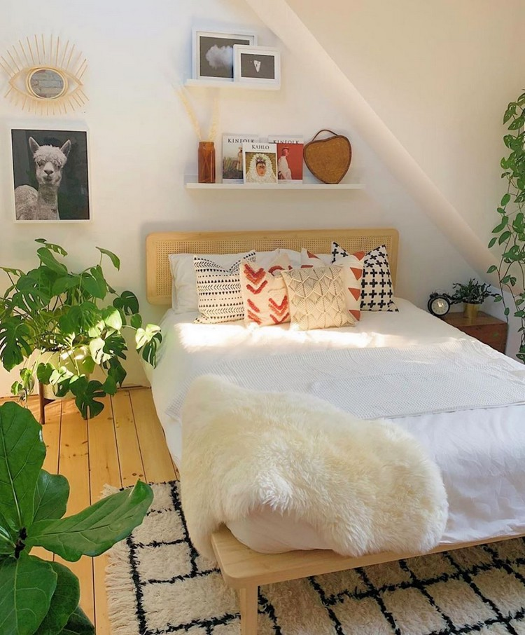 Bohemian Bedroom Decorating (9)