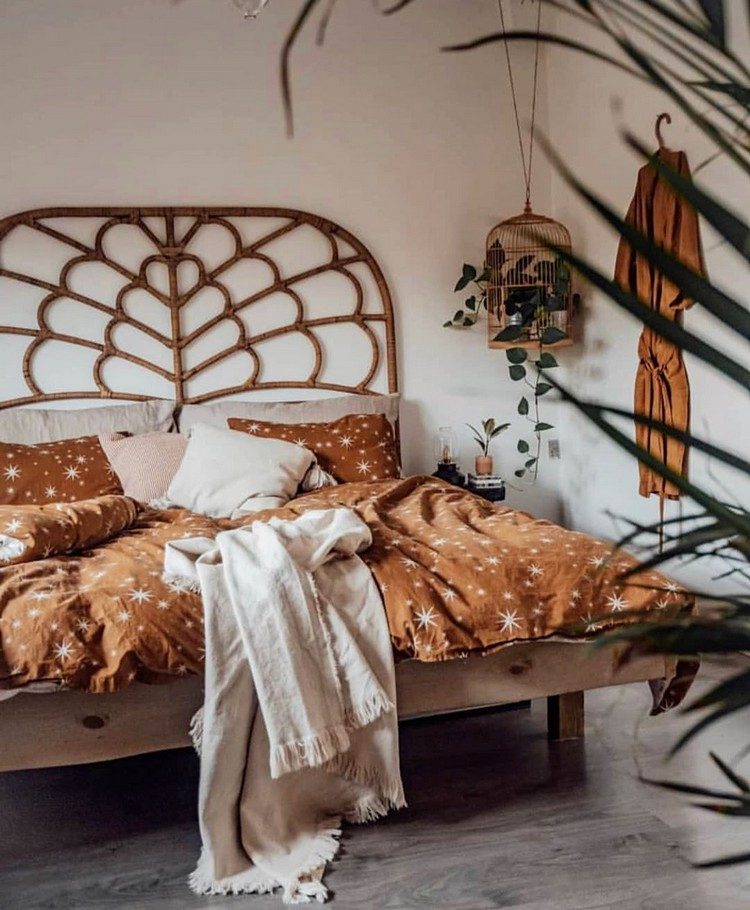 Bohemian Style Beautiful Bedroom Design (20)