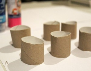 DIY Toilet Roll Neckles Jewelry Crafts