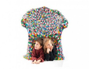Design Colorful Capped Out Chair with Hundreds of Recycled Bottle Caps