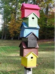 Recycling Wood Beautiful Birdhouses