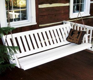 Recycled Wooden Pallet English Swing