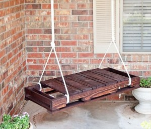 Recycled Wooden Pallet Hanging bench