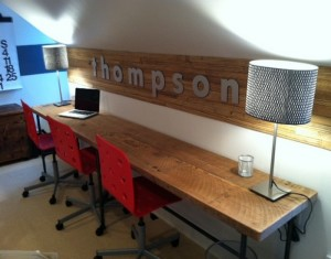 Modern home and office desk idea