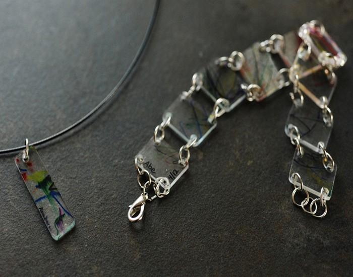 Recycled Plastic Jewelry Idea