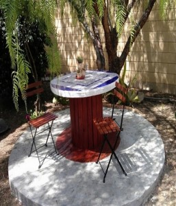 Recycled Wood Spool Table with Chairs