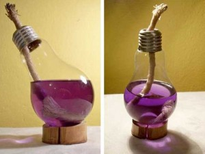 DIY Recycled Light Bulb Lamp