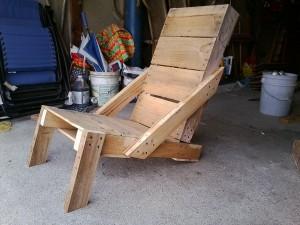 DIY Wooden Pallet Sunbath Chair
