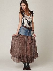 Old Blue Jeans into Awesome Skirt
