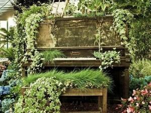 Recycled Piano Garden Decor Idea