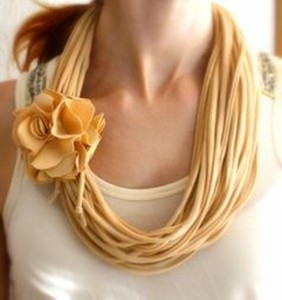 Recycled T-shirt Beautiful Nacklace