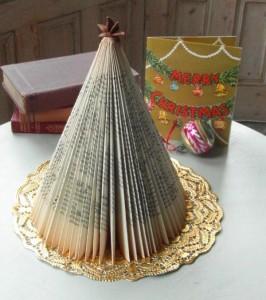 Upcycled Christmas Decor Crafts