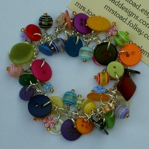 Recycled Buttons Awesome Bracelet