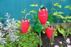 Recycled Plastic Bottles Garden Decoration