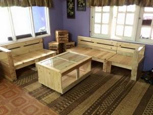 DIY Pallet Furniture for Living Room