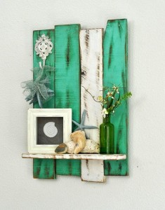 Pallet Shelf with Wall Decor