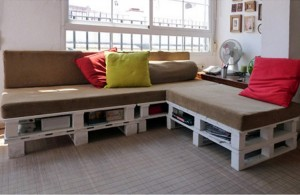 Pallet Sofa with Storage