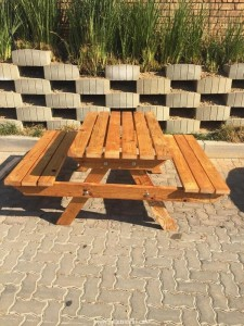 Unique Upcycled Pallet Bench