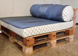 Wooden Pallet Daybed
