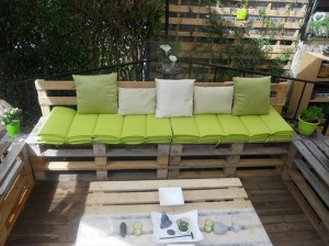 Cushioned Pallet Outdoor Furniture