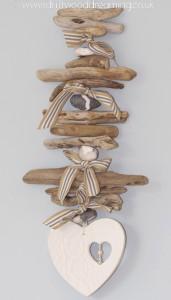 Driftwood Wall Decor Idea