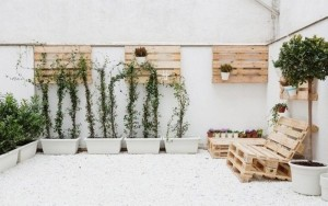 Pallet Furniture and Home Decor