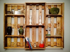 Pallet Shelf for Wall Decorating