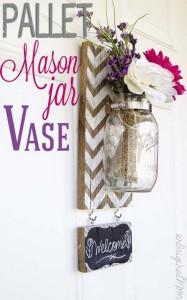 Pallet Mason Jar Vase