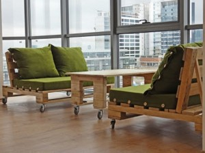 Pallet Sofa with Wheels