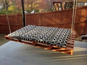 Pallet Swing Bed