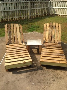 Wooden Pallet Lounge Chairs