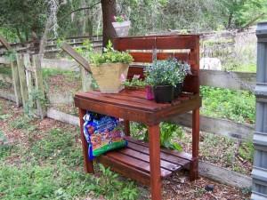 Pallet Made Potting Bench