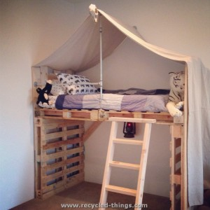 Toddlers Pallet Bed