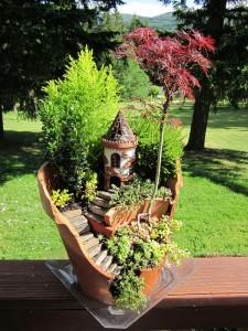 Broken Pot into Fairy Garden