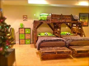 Pallet Triple Bunk Bed