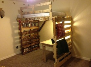 Recycled Pallet Bunk Bed