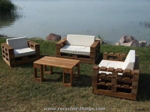 Unique Pallet Garden Furniture