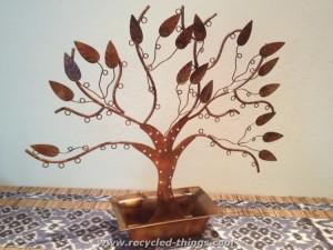 Upcycled Iron Jewelry Tree