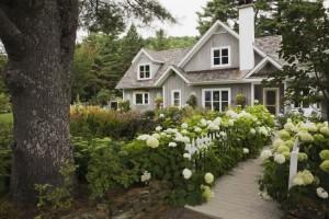 Fresh Ways to Landscape Yard