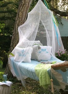 Garden Swing Attached with Tree