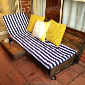 Pallet Daybed and Lounge Chair