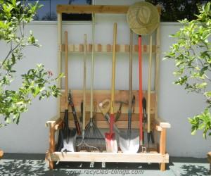 Pallet Garden Tool Rack